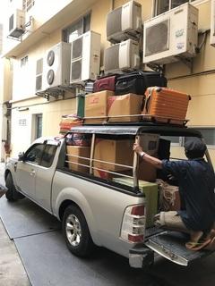 アパートで荷物を積んだ状態