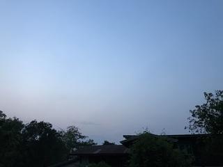 今日の朝の空